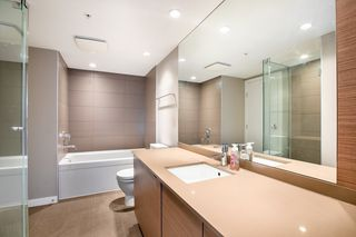 Photo 9: 315 135 E 17TH Street in North Vancouver: Central Lonsdale Condo for sale : MLS®# R2416397