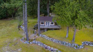 """Photo 10: LOT D FRAMES Landing in North Vancouver: Indian River House for sale in """"ORLOHMA BEACH"""" : MLS®# R2479361"""