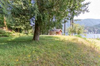 """Photo 31: LOT D FRAMES Landing in North Vancouver: Indian River House for sale in """"ORLOHMA BEACH"""" : MLS®# R2479361"""