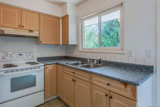 Photo 11: 973 Weaver Pl in : La Walfred House for sale (Langford)  : MLS®# 850635