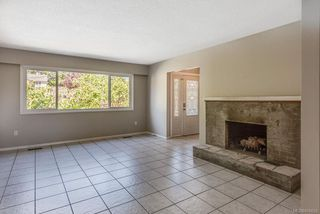 Photo 6: 973 Weaver Pl in : La Walfred House for sale (Langford)  : MLS®# 850635