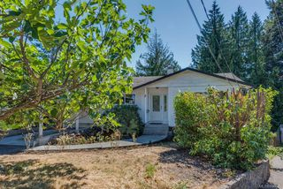 Photo 1: 973 Weaver Pl in : La Walfred House for sale (Langford)  : MLS®# 850635