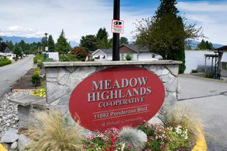 "Photo 32: 46 11926 POPLAR Drive in Pitt Meadows: Central Meadows Manufactured Home for sale in ""Meadow Highland MHP"" : MLS®# R2489727"