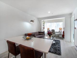 """Photo 5: 302 189 ONTARIO Place in Vancouver: Main Condo for sale in """"Mayfair"""" (Vancouver East)  : MLS®# R2497347"""