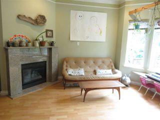 Photo 4: 1021 E 15TH Avenue in Vancouver: Mount Pleasant VE 1/2 Duplex for sale (Vancouver East)  : MLS®# R2501860
