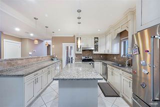Photo 11: 7297 12TH Avenue in Burnaby: Edmonds BE House for sale (Burnaby East)  : MLS®# R2527923