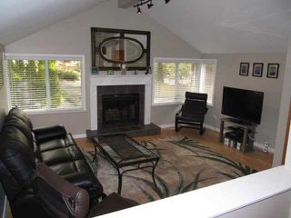 Photo 2: 3681 CAMPBELL Avenue in North Vancouver: Lynn Valley House for sale : MLS®# V872665