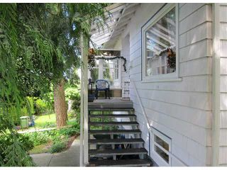 Photo 8: 204 W QUEENS Road in North Vancouver: Upper Lonsdale House for sale : MLS®# V897911