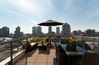 """Photo 1: 1005 1155 HOMER Street in Vancouver: Yaletown Condo for sale in """"CITYCREST"""" (Vancouver West)  : MLS®# V903366"""