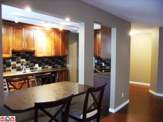 "Photo 6: 105 15375 17TH Avenue in Surrey: King George Corridor Condo for sale in ""CARMEL PLACE"" (South Surrey White Rock)  : MLS®# F1127859"