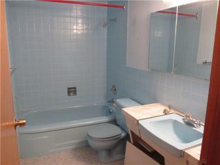 "Photo 8: 703 2409 W 43RD Avenue in Vancouver: Kerrisdale Condo for sale in ""BALSAM COURT"" (Vancouver West)  : MLS®# V926276"