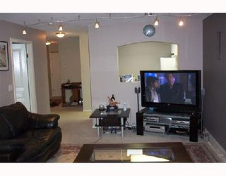 Photo 5: 408 2439 WILSON Avenue in Port Coquitlam: Central Pt Coquitlam Condo for sale : MLS®# V675180