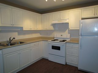 "Photo 4: #302 32075 GEORGE FERGUSON WY in ABBOTSFORD: Abbotsford West Condo for rent in ""ARBOUR COURT"" (Abbotsford)"