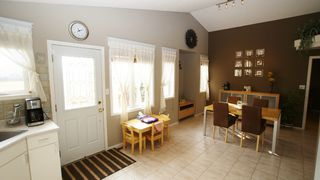 Photo 7: 196 Orum Drive in Winnipeg: North Kildonan Single Family Detached for sale (North East Winnipeg)  : MLS®# 1221832
