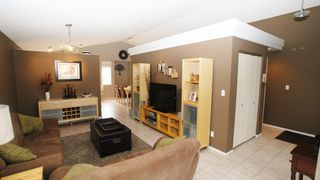 Photo 4: 196 Orum Drive in Winnipeg: North Kildonan Single Family Detached for sale (North East Winnipeg)  : MLS®# 1221832