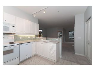 Photo 2: 303 2755 MAPLE Street in Vancouver: Kitsilano Condo for sale (Vancouver West)  : MLS®# V978385