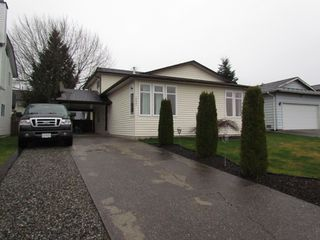 Photo 1: 26561 28th Avenue in ALDERGROVE: Aldergrove Langley House for rent (Langley)