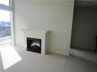 Photo 2: 413-1633 MACKAY AVE in North Vancouver: Pemberton NV Condo for sale : MLS®# V821270