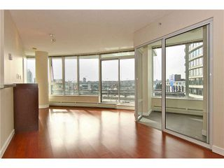 "Photo 1: 902 58 KEEFER Place in Vancouver: Downtown VW Condo for sale in ""THE FIRENZE"" (Vancouver West)  : MLS®# V1031794"