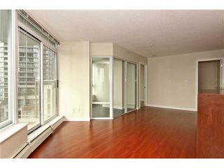 "Photo 4: 902 58 KEEFER Place in Vancouver: Downtown VW Condo for sale in ""THE FIRENZE"" (Vancouver West)  : MLS®# V1031794"