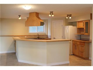 Photo 16: 53 CRYSTALRIDGE Close: Okotoks Residential Detached Single Family for sale : MLS®# C3593545