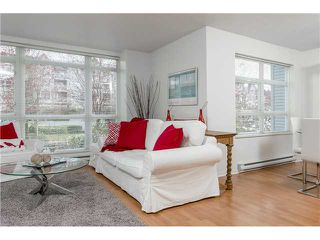 "Photo 6: 201 3142 ST JOHNS Street in Port Moody: Port Moody Centre Condo for sale in ""SONRISA LANDING"" : MLS®# V1054411"