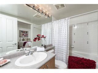 "Photo 13: 201 3142 ST JOHNS Street in Port Moody: Port Moody Centre Condo for sale in ""SONRISA LANDING"" : MLS®# V1054411"