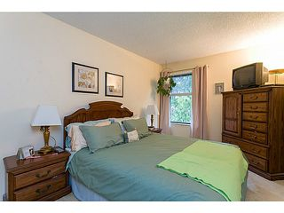 "Photo 8: 412 CARDIFF Way in Port Moody: College Park PM Townhouse for sale in ""EASTHILL"" : MLS®# V1059936"