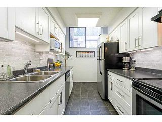 "Photo 5: 412 CARDIFF Way in Port Moody: College Park PM Townhouse for sale in ""EASTHILL"" : MLS®# V1059936"
