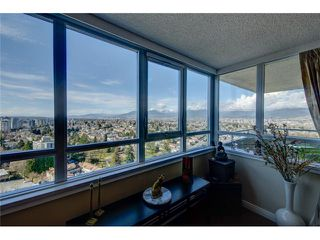 """Photo 3: 2203 4160 SARDIS Street in Burnaby: Central Park BS Condo for sale in """"CENTRAL PARK PLACE"""" (Burnaby South)  : MLS®# V1067620"""