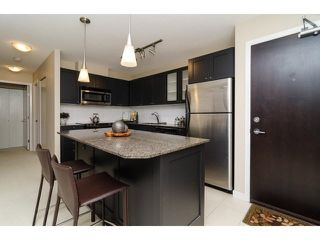 """Photo 10: 504 7225 ACORN Avenue in Burnaby: Highgate Condo for sale in """"AXIS"""" (Burnaby South)  : MLS®# V1071160"""