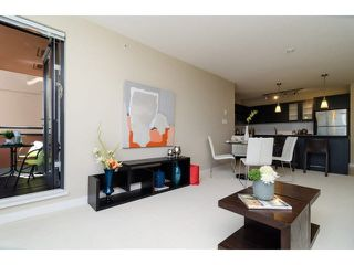 """Photo 4: 504 7225 ACORN Avenue in Burnaby: Highgate Condo for sale in """"AXIS"""" (Burnaby South)  : MLS®# V1071160"""