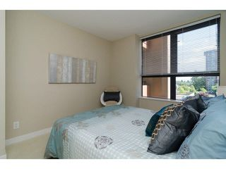 """Photo 15: 504 7225 ACORN Avenue in Burnaby: Highgate Condo for sale in """"AXIS"""" (Burnaby South)  : MLS®# V1071160"""