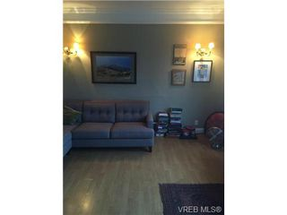 Photo 8: 515 Springfield St in VICTORIA: VW Victoria West House for sale (Victoria West)  : MLS®# 685374