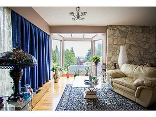 Photo 2: 338 OXFORD Drive in Port Moody: College Park PM House for sale : MLS®# V1129682