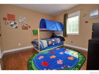 Photo 11: 136 Harrowby Avenue in WINNIPEG: St Vital Residential for sale (South East Winnipeg)  : MLS®# 1518220