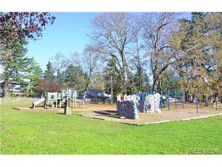 Photo 19: 994 McBriar Avenue in VICTORIA: SE Lake Hill Single Family Detached for sale (Saanich East)  : MLS®# 354017
