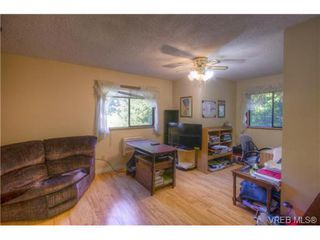 Photo 13: 803 Cecil Blogg Dr in VICTORIA: Co Triangle House for sale (Colwood)  : MLS®# 711979