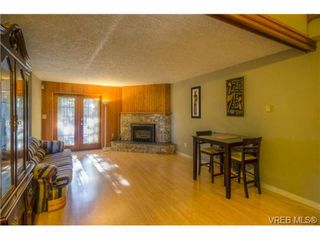 Photo 7: 803 Cecil Blogg Dr in VICTORIA: Co Triangle House for sale (Colwood)  : MLS®# 711979