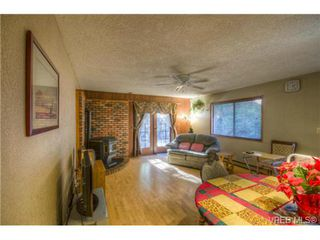 Photo 6: 803 Cecil Blogg Dr in VICTORIA: Co Triangle House for sale (Colwood)  : MLS®# 711979