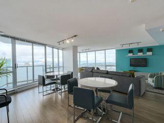 """Photo 13: 2301 13618 100 Avenue in Surrey: Whalley Condo for sale in """"INFINITY"""" (North Surrey)  : MLS®# R2034606"""