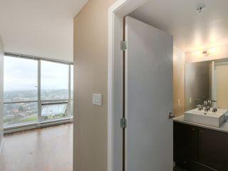 """Photo 5: 2301 13618 100 Avenue in Surrey: Whalley Condo for sale in """"INFINITY"""" (North Surrey)  : MLS®# R2034606"""