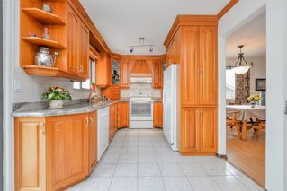 Photo 6: 1982 WILTSHIRE Avenue in Coquitlam: Cape Horn House for sale : MLS®# R2045669