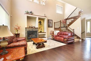 Photo 2: 3253 CAMELBACK Lane in Coquitlam: Westwood Plateau House for sale : MLS®# R2075693