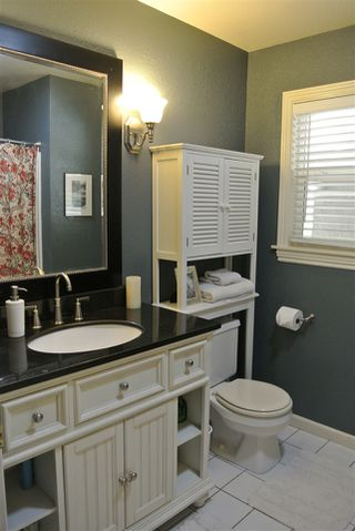 Photo 10: SANTEE House for sale : 4 bedrooms : 9346 Lake Country Dr
