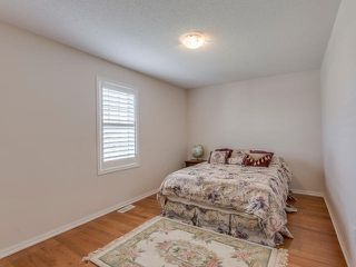 Photo 5: 27 Dulverton Drive in Brampton: Northwest Brampton House (2-Storey) for sale : MLS®# W3530749