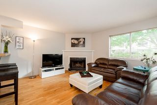 "Photo 3: 202 1665 ARBUTUS Street in Vancouver: Kitsilano Condo for sale in ""THE BEACHES"" (Vancouver West)  : MLS®# R2094713"