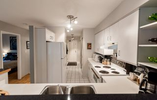"Photo 14: 202 1665 ARBUTUS Street in Vancouver: Kitsilano Condo for sale in ""THE BEACHES"" (Vancouver West)  : MLS®# R2094713"