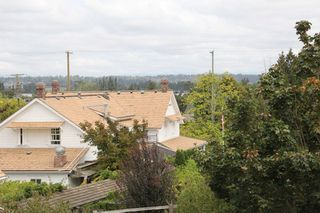 "Photo 17: 21629 47A Avenue in Langley: Murrayville House for sale in ""Murray's Corner"" : MLS®# R2104736"