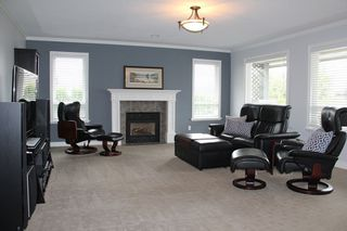 """Photo 7: 21629 47A Avenue in Langley: Murrayville House for sale in """"Murray's Corner"""" : MLS®# R2104736"""